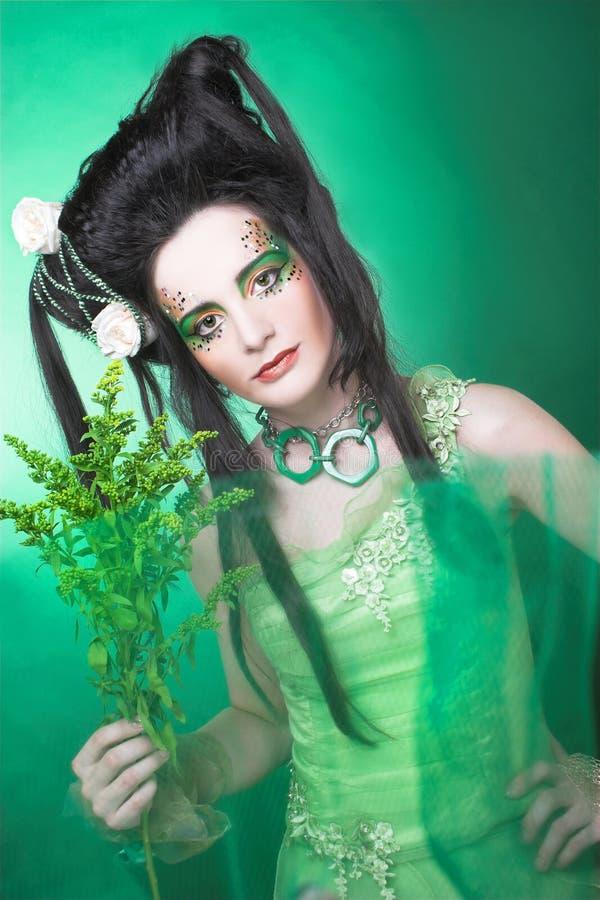 Download творческая девушка стоковое фото. изображение насчитывающей способ - 40580740