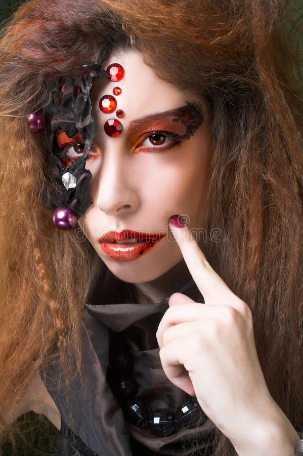 Download творческая девушка стоковое фото. изображение насчитывающей boxy - 40581902