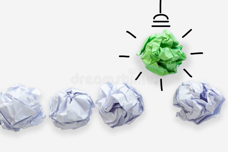 Творческая идея концепции силы думая, бумажного дизайна лампочки с линией хода графический рисовать Коллективно обсуждать воодуше стоковые изображения