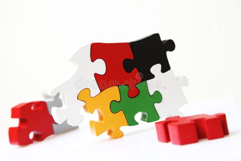 Творческие способности с деревянной головоломкой стоковые изображения