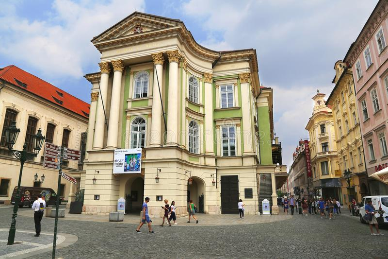 Театр имущества в Праге, чехии стоковые изображения rf