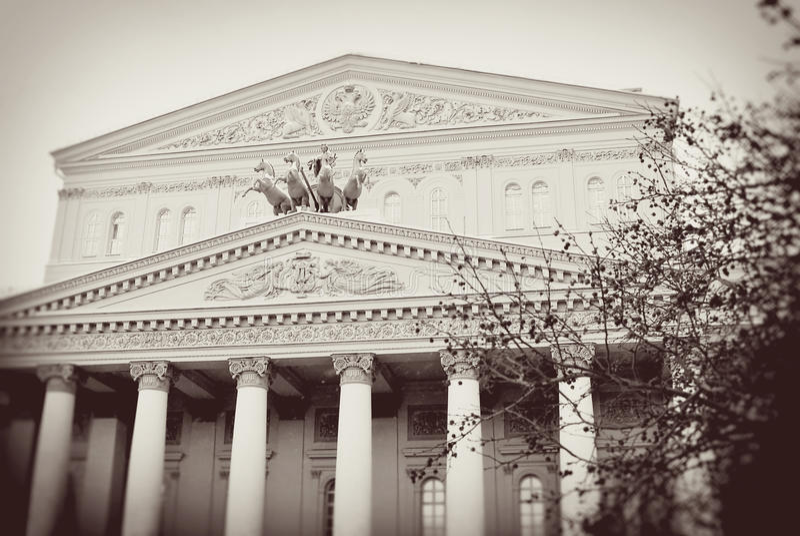 картинки большой театр оперы и балета в москве необычному внешнему виду