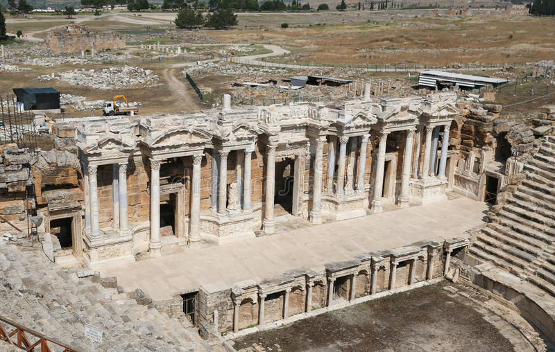 Театр Hierapolis в Турции стоковые фотографии rf