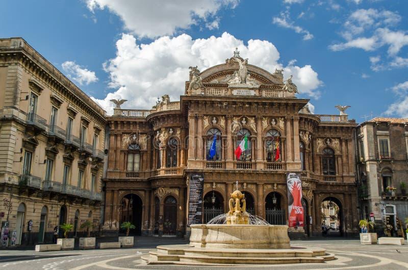 Театр Massimo Bellini в Катании, Сицилии стоковые изображения rf