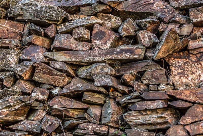 Текстура взгляда подробно спаренной стены гранита стоковое фото
