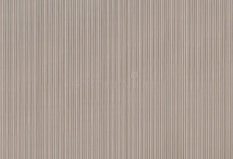 Текстура картона рифлёная - узкий вертикальный беж выравнивает ребристую предпосылку иллюстрация штока