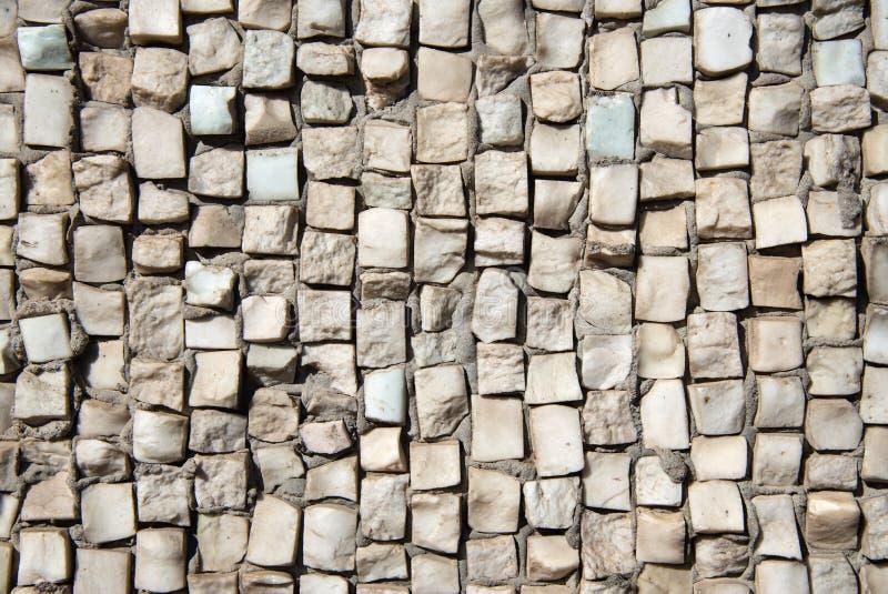 Текстура покрашенной каменной мозаики на стене стоковые изображения rf