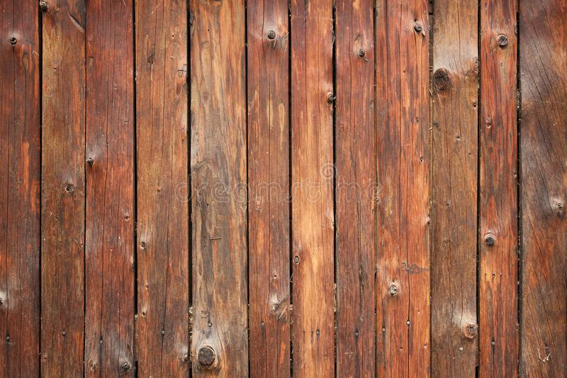 текстура стелюги стены вертикального амбара деревянная Исправленная предпосылка старых деревянных предкрылков деревенская Домашни стоковые фотографии rf