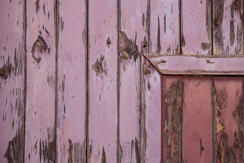 Текстурированные дверь и стена стоковое фото rf