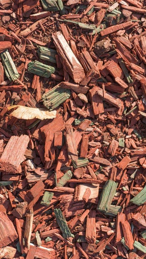 Текстурируйте предпосылку точных деревянных щепок красного цвета стоковые фотографии rf