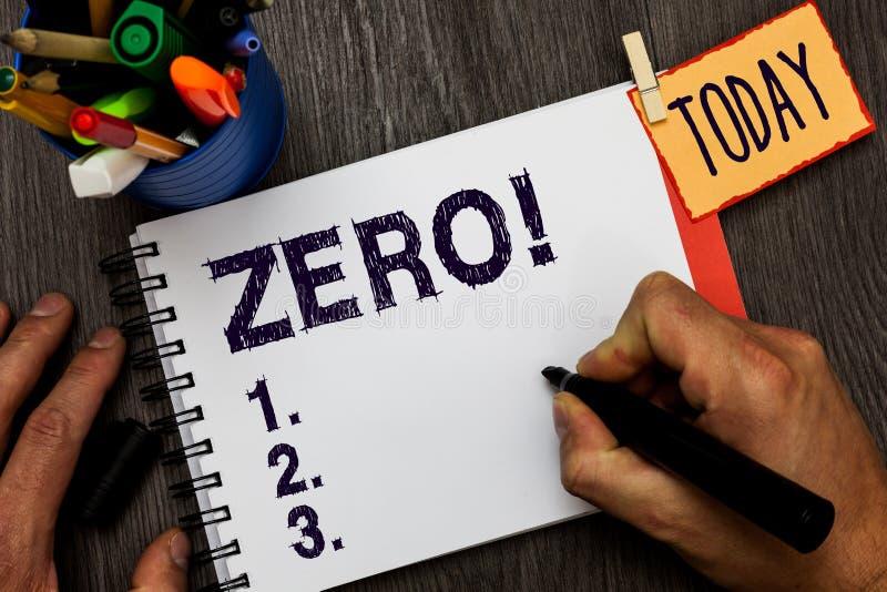 Текст нул почерка Концепция не знача никакой nought количества или номера ничего никакие пункт начала на удерживании человека эск стоковое фото
