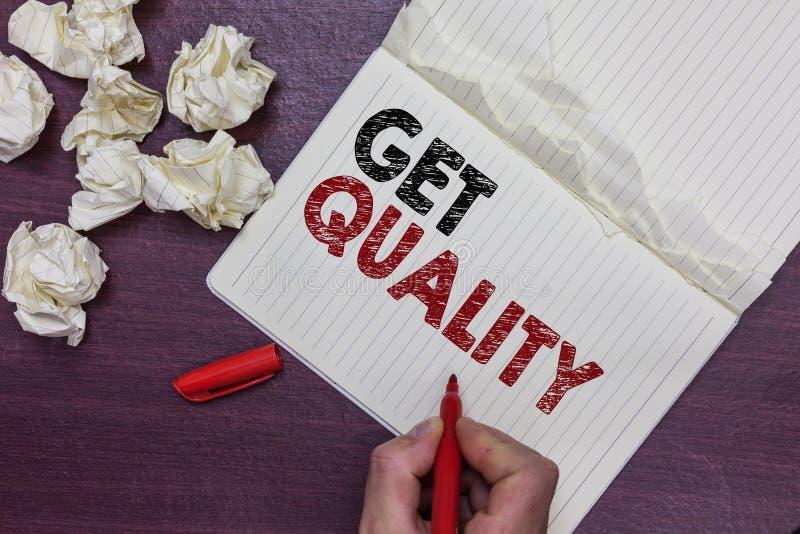 Текст почерка получает качество Характеристики смысла концепции и характеристики продукта которые удовлетворяют человек потребнос стоковые фотографии rf