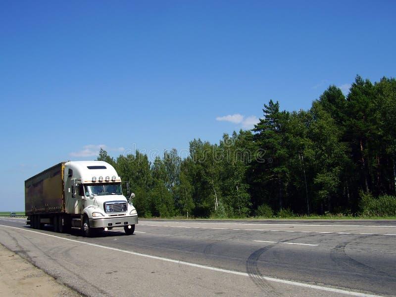 тележка дороги стоковая фотография rf