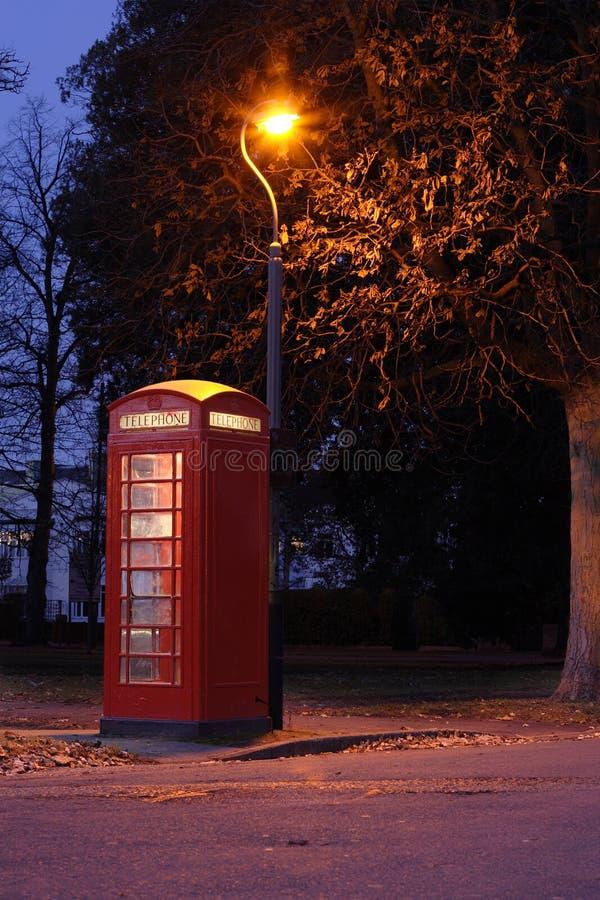телефон красного цвета коробки стоковое фото rf