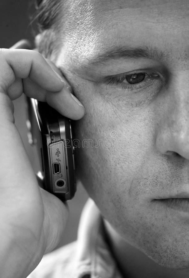 телефон человека стоковое фото rf
