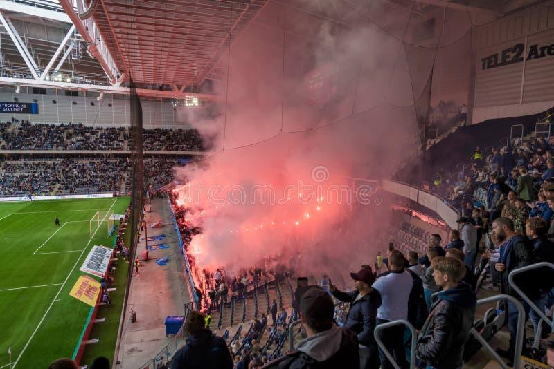 Теле2 ареной во время матча между Джургарденом и АИК в каменистом футболе Алсвенскан стоковые изображения