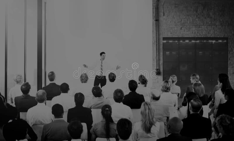 Тема конвенции маркетинга бизнес-конференции стоковое изображение rf