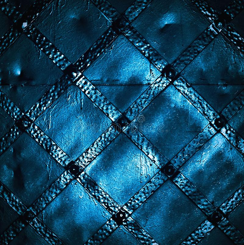 Темная деталь ворот утюга стоковая фотография