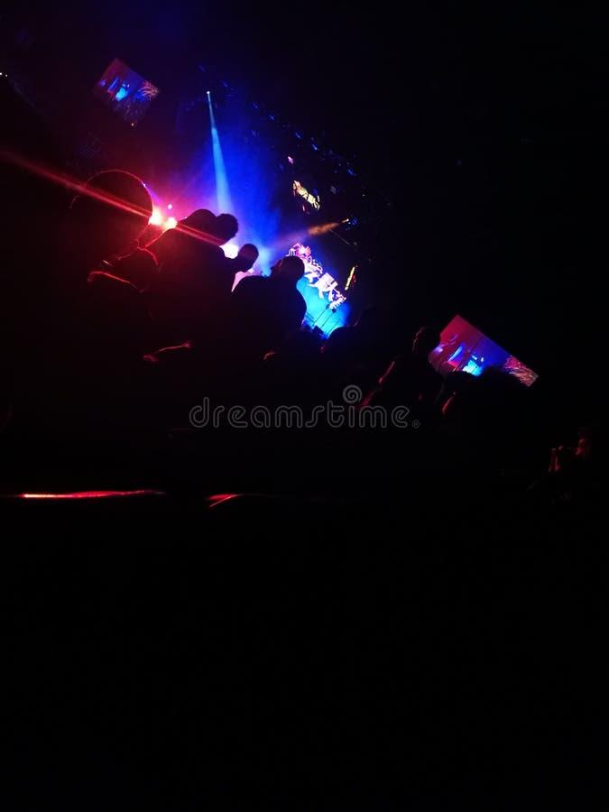Темнота концерта светлая стоковые изображения