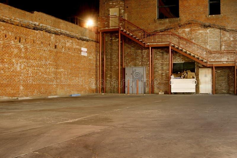 темнота переулка стоковые изображения