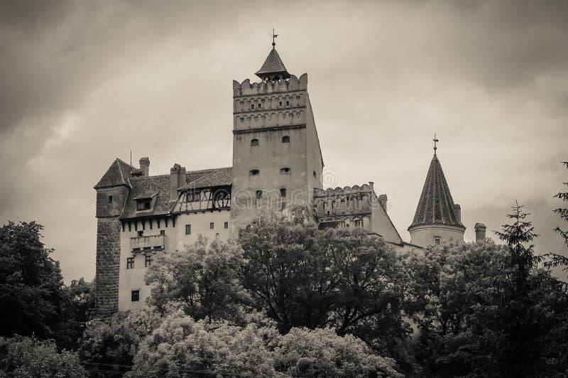 Темный замок отрубей в Румынии стоковая фотография rf