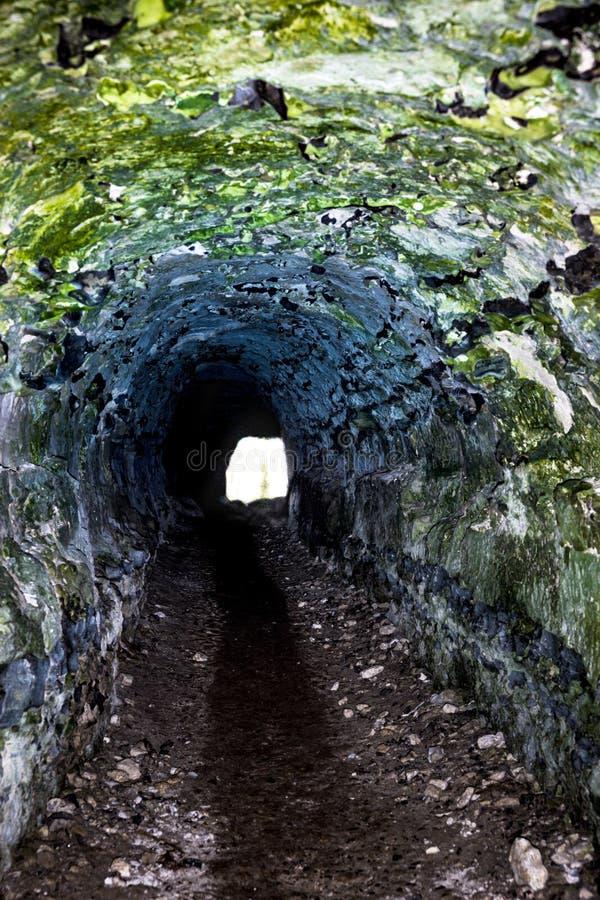 Темный тоннель стоковая фотография rf