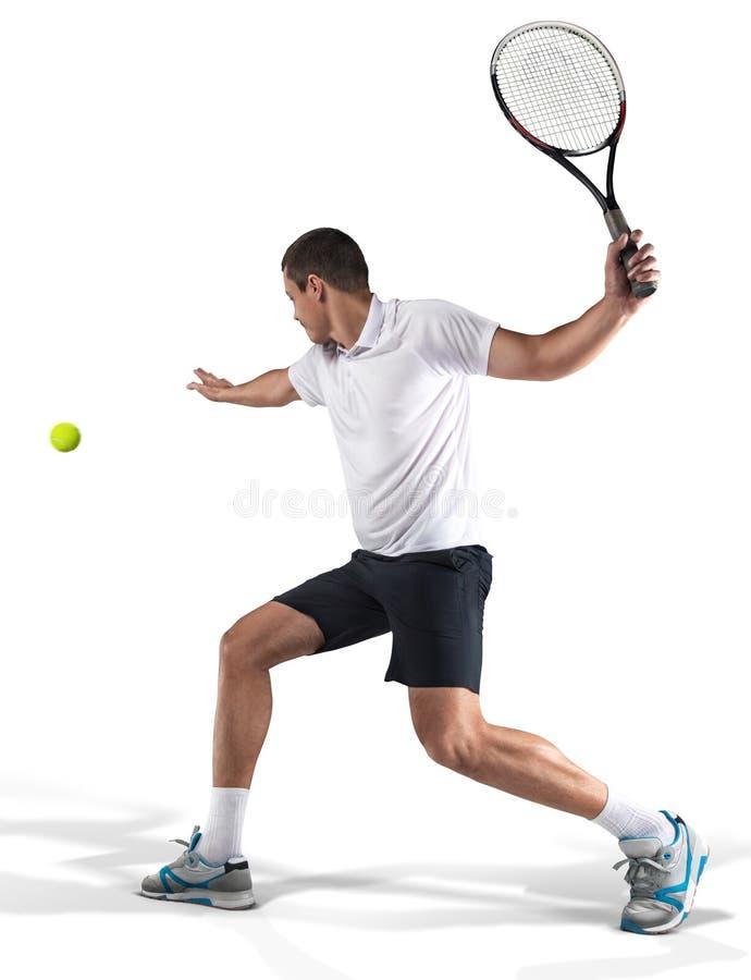 Теннисист hiting шарик изолированный на белизне стоковые изображения rf