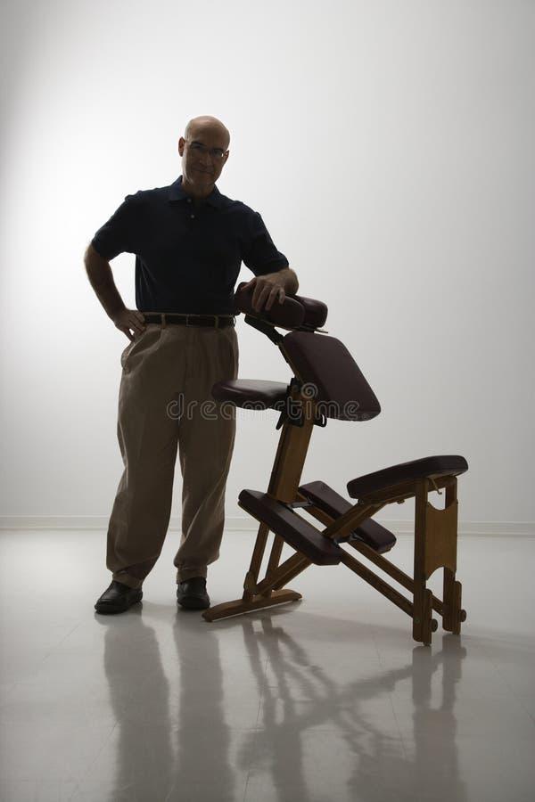 терапевт массажа стула стоковые изображения rf
