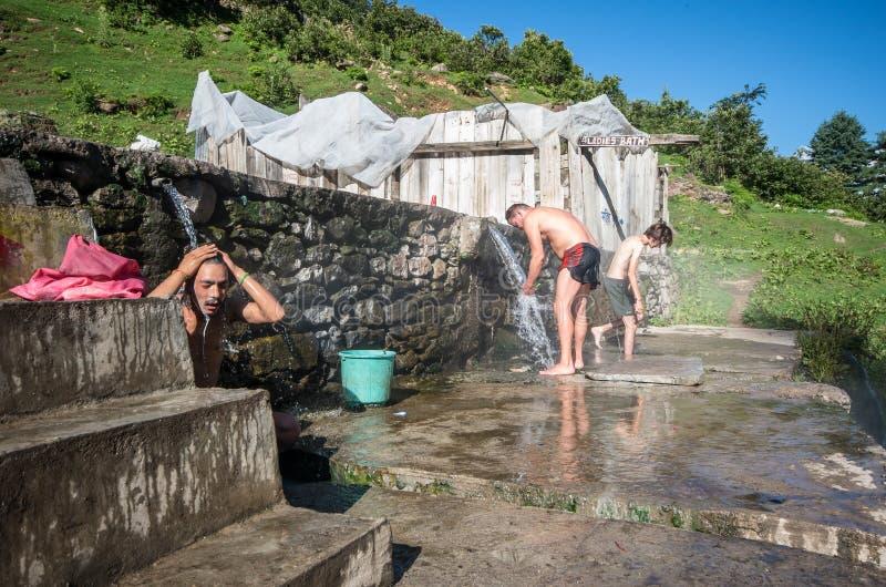 Термальная ванна на Khir Ganga - Индии стоковое фото rf