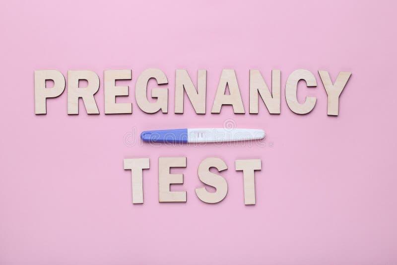 Тест на беременность стоковая фотография