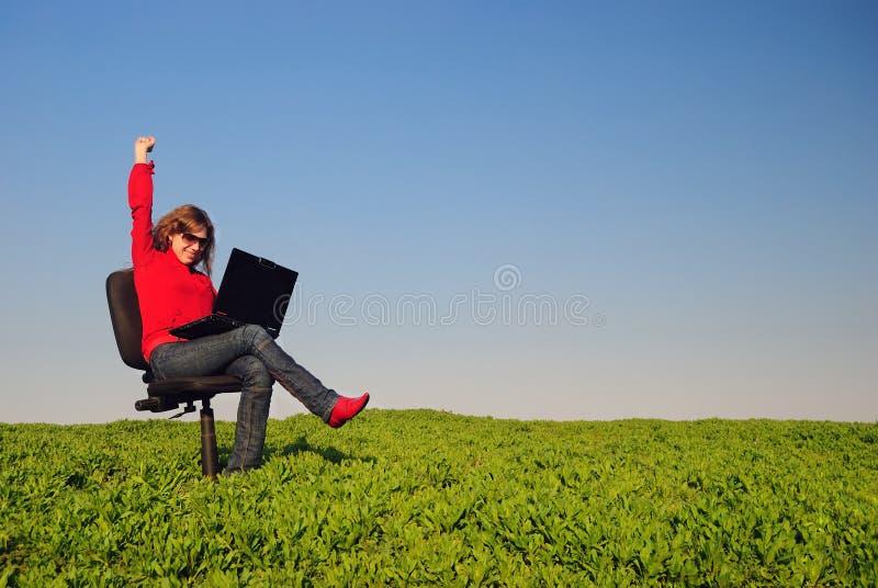 тетрадь девушки стоковая фотография
