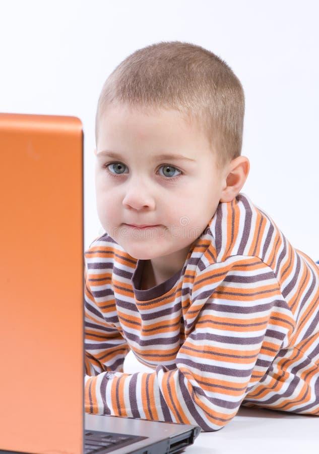 тетрадь мальчика стоковое изображение