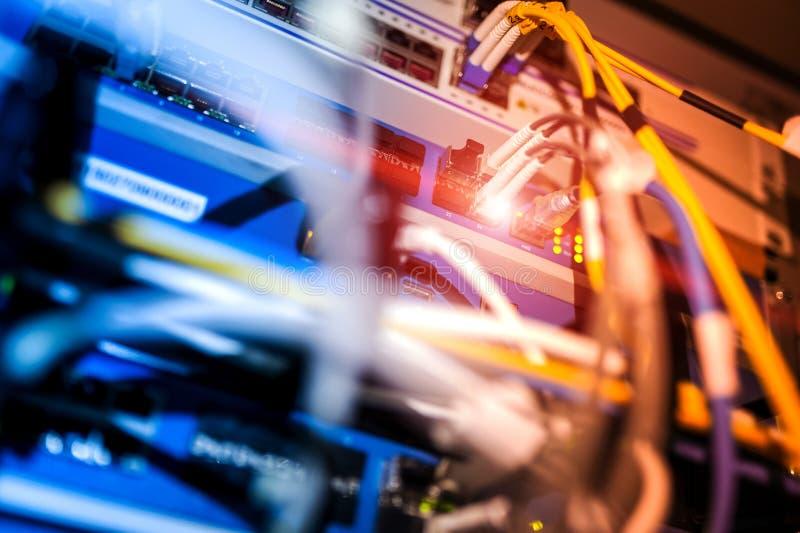 Download Технология переключателя ядра в месте комнаты сети Стоковое Фото - изображение насчитывающей оптический, интернет: 81812206