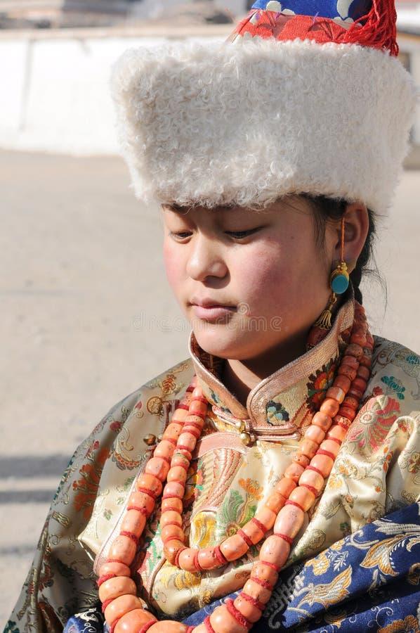 Download тибетец девушки редакционное фото. изображение насчитывающей портрет - 18375316