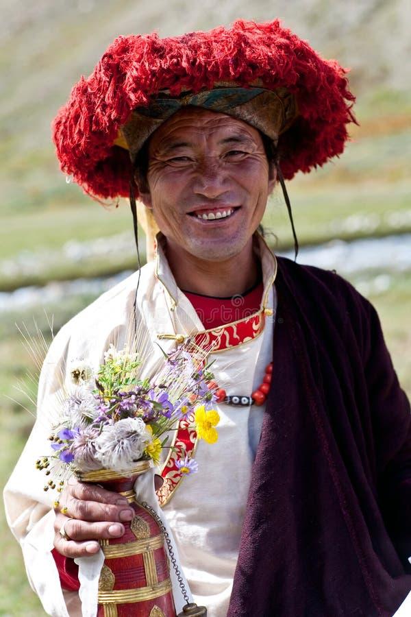 Download Тибетский монах редакционное стоковое фото. изображение насчитывающей монах - 27271963