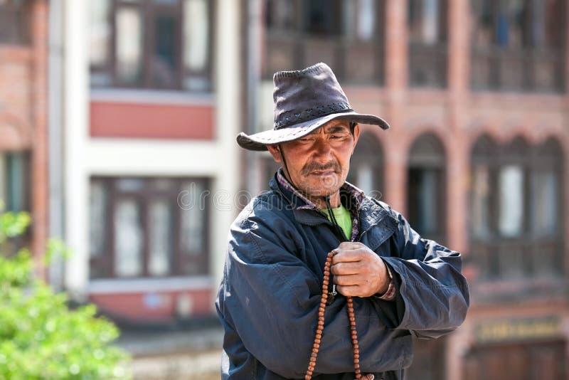 Тибетский паломник, Непал стоковые фото