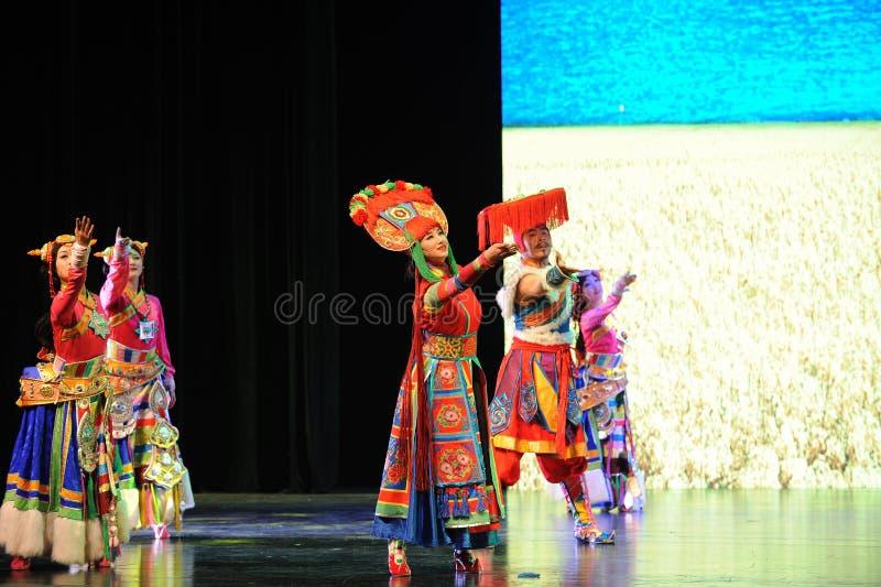 Тибетское маленькое сестр-большое  show†сценариев масштаба  legend†дороги стоковые изображения rf