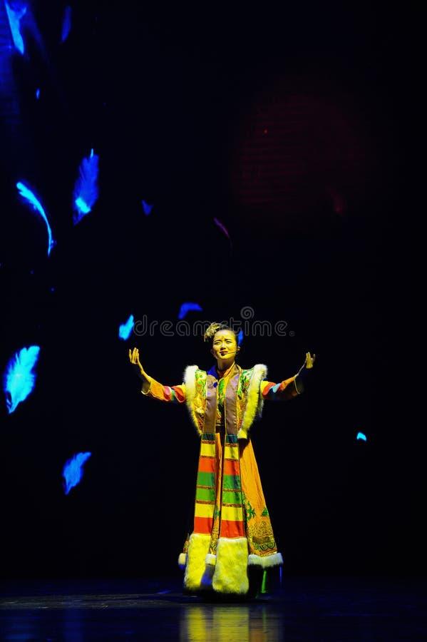 Тибетское фольклорное песн-большое  show†сценариев масштаба  legend†дороги стоковые изображения