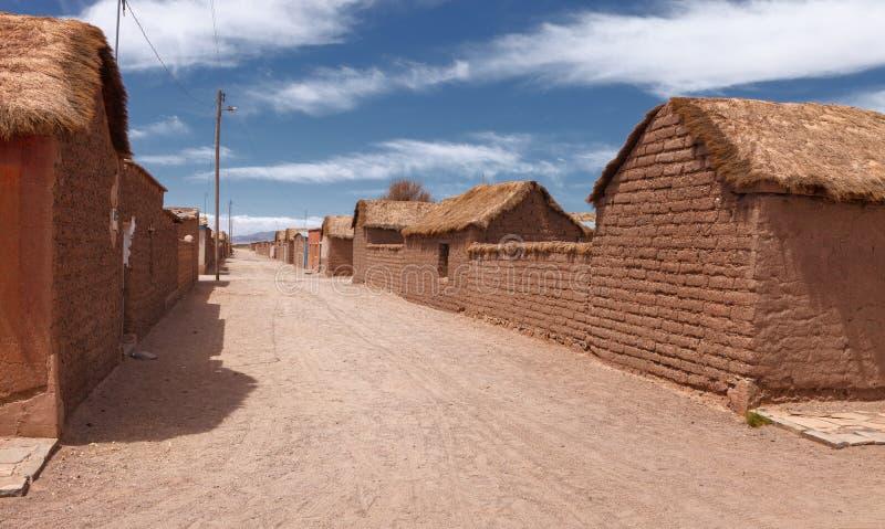 Типичная вилла Alota улицы, северная провинция Lipez, Боливия стоковые фото