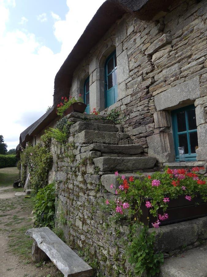 Типичная деревня Бретани Франции стоковое изображение rf
