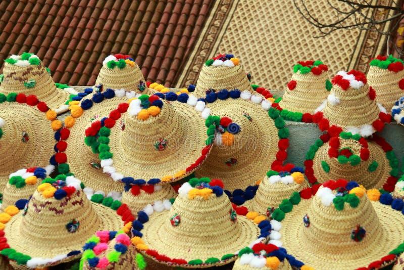 Типичные морокканские шляпы ` s женщин стоковые изображения rf