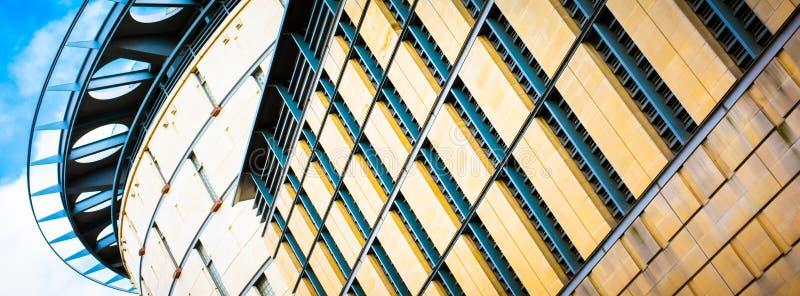 Типичные современные здания Эдинбурга стоковое фото