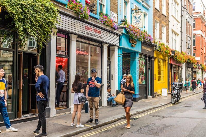Типичный взгляд в Лондоне стоковые фотографии rf