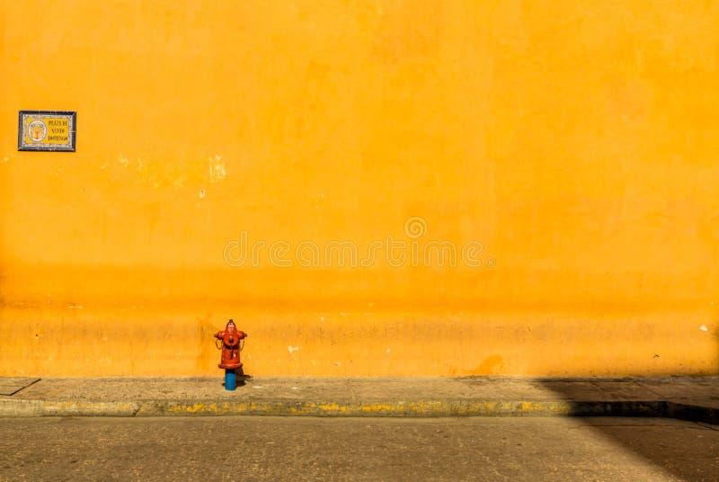 Типичный взгляд Cartagena Колумбии стоковые фотографии rf
