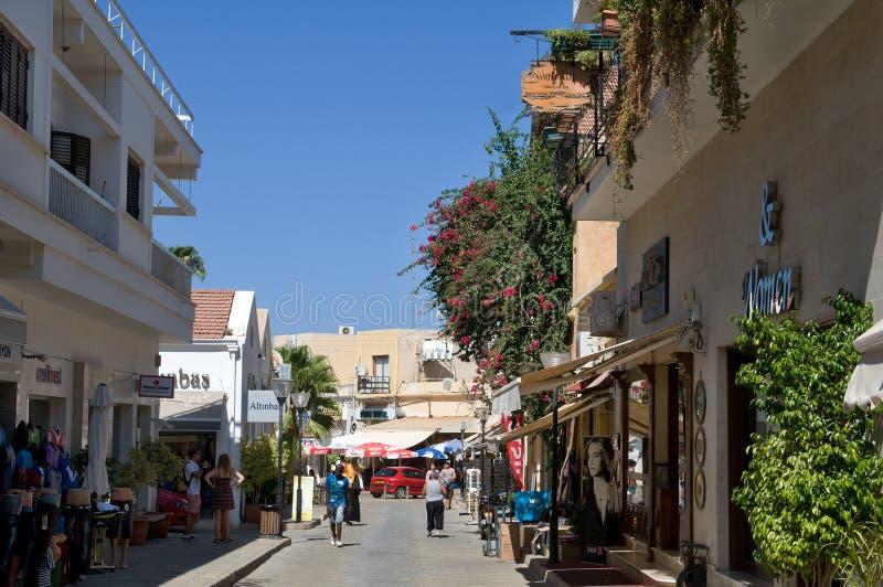 Типичный переулок в Famagosta стоковая фотография