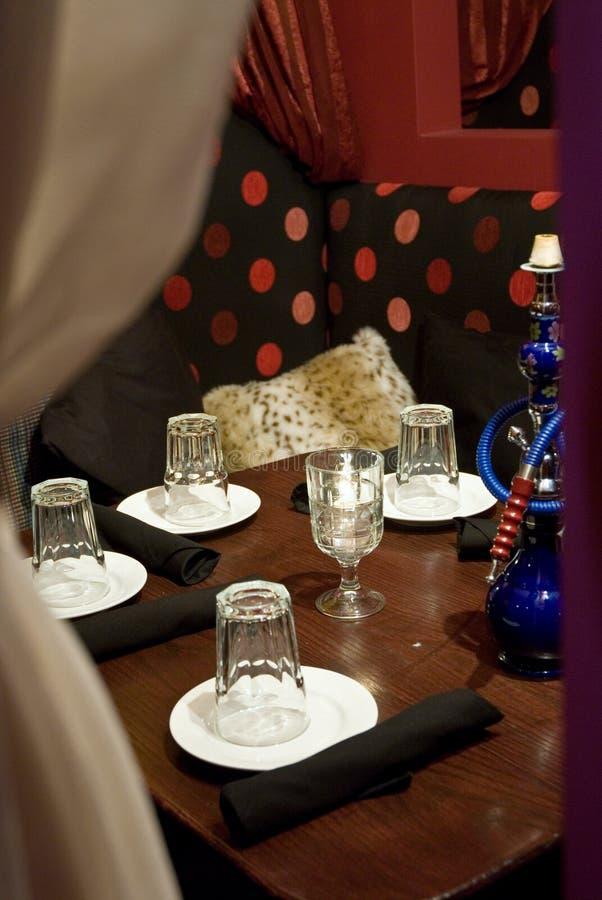 тип ресторана кальяна среднеземноморской стоковая фотография rf