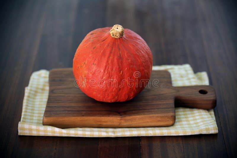Тип hokaido тыквы или сквош зимы, апельсин стоковое фото rf