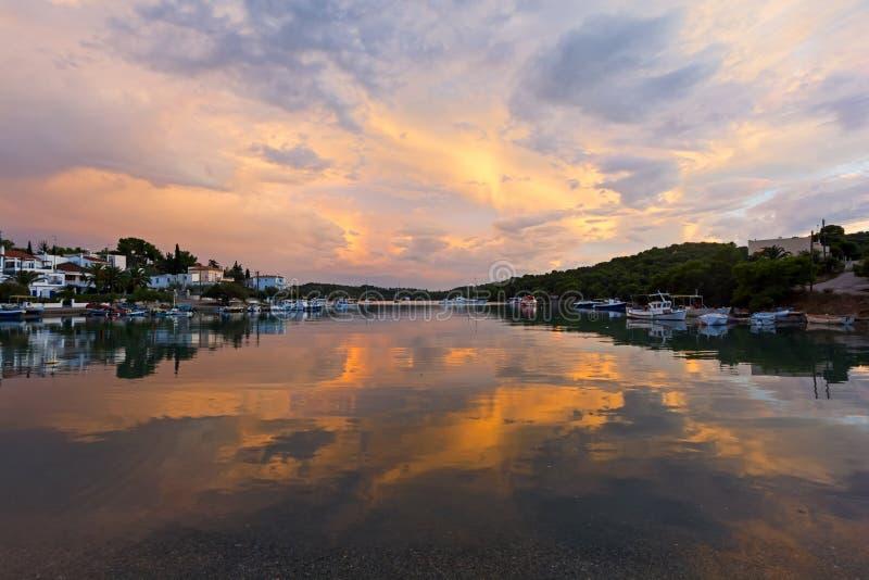 Тихая заводь на Порту-Heli, Пелопоннесе - Греции стоковая фотография rf