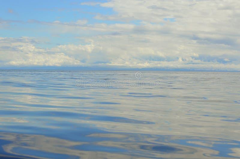 Тихая океан синь стоковые фотографии rf