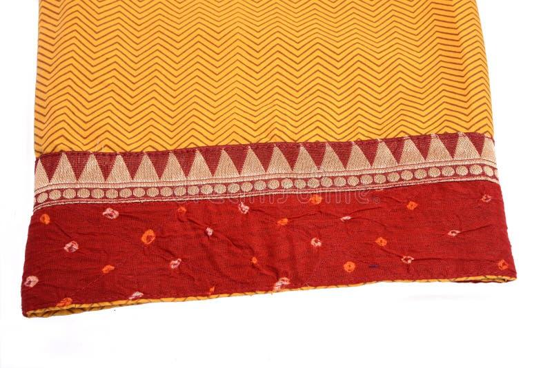 Download Ткань сари стоковое изображение. изображение насчитывающей линии - 33739587